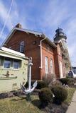 Faro viejo del puerto de Fairport foto de archivo