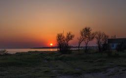 Faro viejo en el amanecer Imagen de archivo
