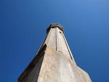 Faro viejo en la isla de Alcatraz Foto de archivo libre de regalías