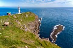 Faroe wyspy, krajobraz Akraberg latarnia morska Obraz Stock