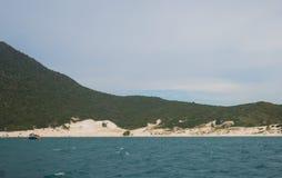 Farol海滩在Arraial做Cabo,巴西 免版税图库摄影