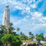 Farol bonito, lagoa e palmas tropicais Matara Sri escorrido Foto de Stock Royalty Free