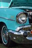 Farol clássico do carro. Fotos de Stock