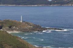 Farol da casa de Cabo em Galiza, Espanha fotografia de stock