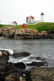 Farol de Neddick do cabo, Maine fotos de stock