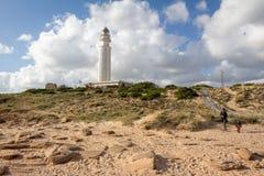 Farol de Trafalgar do cabo, Espanha de Cadiz foto de stock