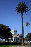 Farol e palmeiras Imagens de Stock Royalty Free
