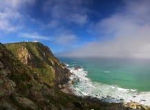 Farol e penhasco de Cabo a Dinamarca Roca Foto de Stock Royalty Free