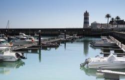 Farol e porto Cascais Portugal Foto de Stock Royalty Free