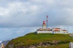 Farol em Cabo a Dinamarca Roca, Portugal Fotografia de Stock