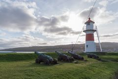 Farol em Skansin, Torshavn, Ilhas Faroé, Dinamarca Imagem de Stock Royalty Free
