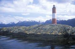 Farol histórico de Les Euclaires em ilhas das pontes e em canal do lebreiro, Ushuaia, Argentina Foto de Stock Royalty Free