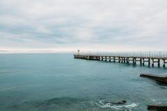 Farol no cais O Mar Negro Sochi Imagens de Stock