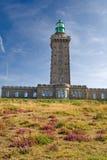 Farol no tampão Frehel, Brittany, France imagens de stock royalty free