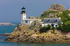 farol, Pointe de Pen al Lann, Brittany, França foto de stock royalty free