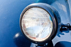 Farol velho do carro Estilo retro Escuro - azul clássico Foto de Stock Royalty Free