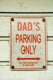 Farsor som endast parkerar royaltyfri bild