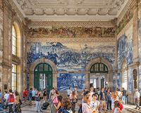 Farstu Sao Bento Railway Station, Porto, Portugal royaltyfria bilder