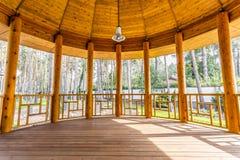 Farstubro i varmt ekologiskt hus Fotografering för Bildbyråer