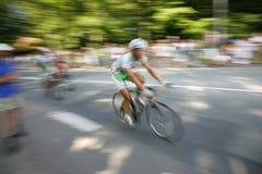 fartfyllda cyklister Royaltyfri Foto