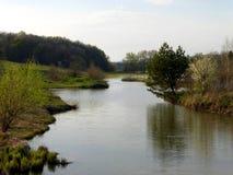 fartuch Wiosna dzień na jeziorze fotografia royalty free