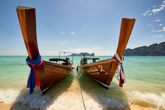 Fartyg för lång svans på Koh Phi Phi Thailand Arkivbild