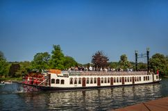 Fartyg för skovelhjul på Henley på Themsen Arkivfoto