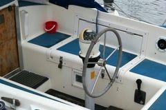 Fartyg hjul och kompass Royaltyfri Bild
