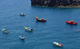 Fartyg i Camara de Lobos arkivfoton