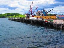 Fartyg i den Lunenburg hamnen Royaltyfri Foto