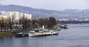 Fartyg i Donau Royaltyfria Bilder