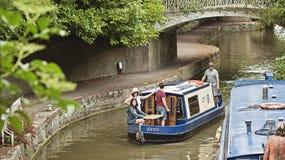 Fartyg i floden Avon Arkivbild