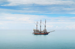 Fartyg i havet Arkivfoto