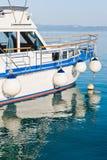 Fartyg i port av Makarska, Kroatien Royaltyfri Fotografi