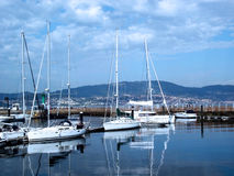Fartyg i porten av Vigo, Galicia Royaltyfri Foto