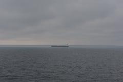 Fartyg i regnstrom Arkivbilder