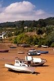 Fartyg i sanden i Asturias Arkivbild