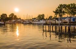 Fartyg Marina Sunset Arkivbild
