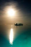 Fartyg och solnedgång Royaltyfria Bilder