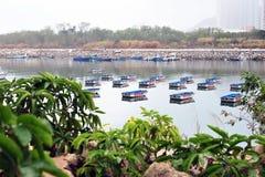 Fartyg på floden Royaltyfri Bild