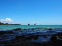 Fartyg på havet, i samed, Thailand Arkivfoton