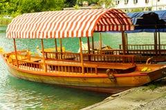 Fartyg på laken Royaltyfri Foto