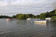 Fartyg på Loch Lomond Arkivbild