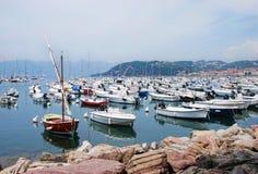 Fartyg på marina av Lerici Fotografering för Bildbyråer