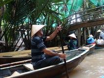 Fartyg på Mekong River, Vietnam bygd, Mekong delta arkivfoto