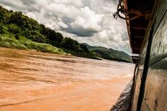 Fartyg på Mekongen Fotografering för Bildbyråer