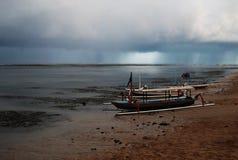 Fartyg på natten Fotografering för Bildbyråer