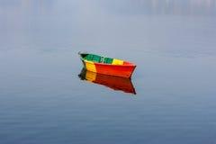 Fartyg på Phewa sjön, Pokhara, Nepal Arkivfoto