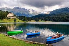 Fartyg på sjön av St Moritz Switzerland Arkivfoton