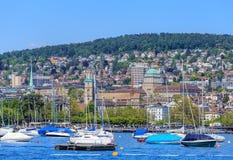 Fartyg på sjön Zurich Arkivfoton